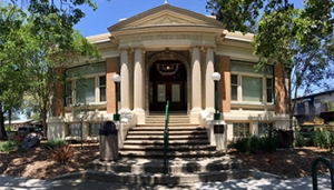 Monthly Walking Tours @ Gilroy Museum